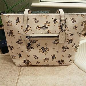 Coach yellow floral prairie print purse NWT